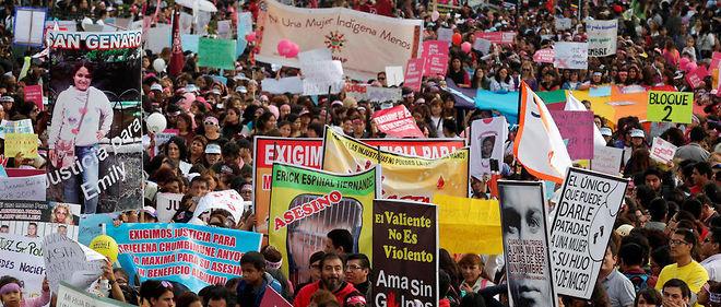 Des milliers de personnes ont manifesté contre les violences faites aux femmes à Lima, au Pérou