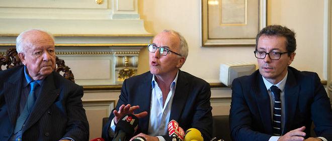 Jacques-Henri Eyraud (à droite sur la photo aux cotés du nouveau propriétaire Frank McCourt) pourrait être le nouveau président de l'OM.