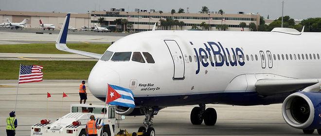 L'avion de JetBlue Airways a décollé vers 10 h 05 locales de l'aéroport de Fort Lauderdale, en Floride, à destination de Santa Clara, dans le centre de l'île cubaine.