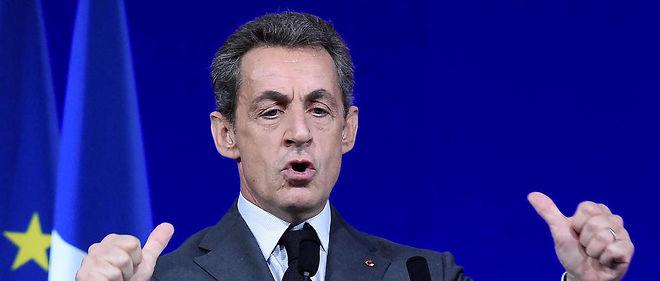 Nicolas Sarkozy s'entoure de conseillers politiques pour remporter la primaire de la droite, dont les ex-ministres Rachida Dati et David Douillet.