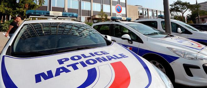 L'homme qui a poignardé un policer mardi dans un commissariat de Toulouse avait acheté un couteau juste avant les faits. (photo d'illustration)
