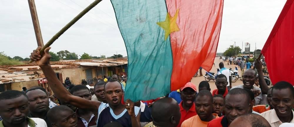 Manifestation pour le départ de Blaise Compaoré au Burkina Faso. ©  AFP/Sia Kambou