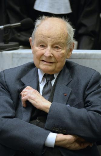 Jacques Servier, fondateur des Laboratoires Servier, qui fabriquait le Mediator, lors du procès au tribunal de Nanterre le 21 mai 2013 © LIONEL BONAVENTURE AFP/Archives