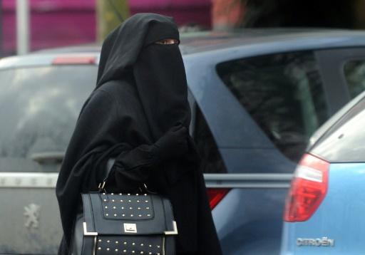 Une femme porte le niqab dans le centre de Roubaix le 9 janvier 2014 © PHILIPPE HUGUEN AFP/Archives
