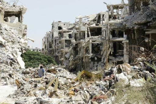 Des bâtiments détruits dans le quartier de Juret al-Shayah à Homs aux mains des forces du régime, le 19 septembre 2016 © LOUAI BESHARA AFP