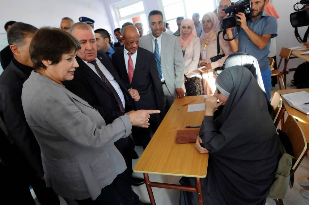 Nouria Benghebrit en visite d'inspection à Alger le 6 septembre 2016.  ©  Newpress/Sipa
