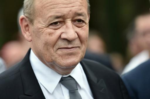 Le ministre de la Défense Jean-Yves Le Drian le 15 septembre 2016 à Plumelec dans l'ouest de la France © JEAN-SEBASTIEN EVRARD AFP/Archives