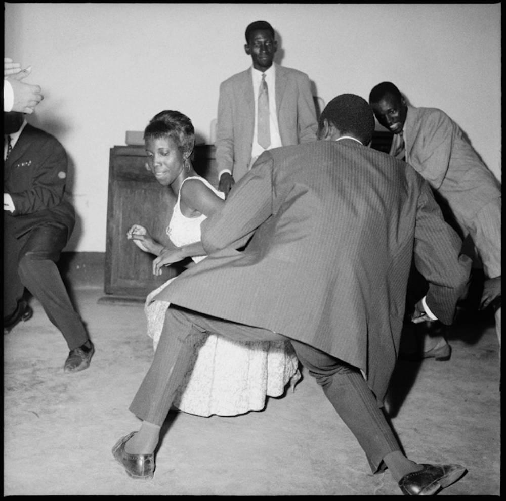Malick Sidibé : « Dansez le Twist », 1965.  ©  Malick Sidibé / Courtesy Galerie MAGNIN-A, Paris.