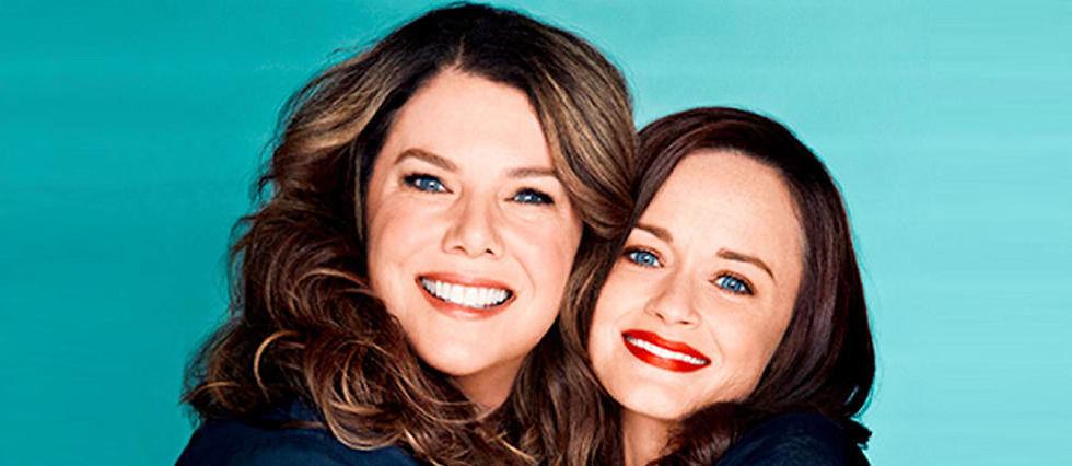 """Les héroïnes de """"Gilmore Girls"""", Lorelai (Lauren Graham) et sa fille Rory (Alexis Bledel), de retour dans 4 téléfilms événement sur Netflix."""