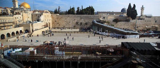 L'esplanade des Mosquées et le mur des Lamentations, dans la vieille ville de Jérusalem.
