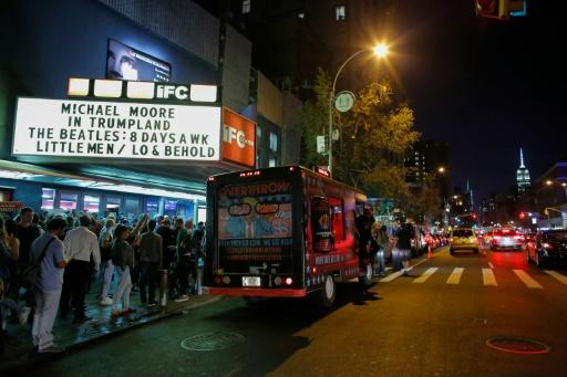 """Projection de """"Michael Moore in TrumpLand"""", nouveau film de Michael Moore à New York, le 18 octobre 2016 © KENA BETANCUR AFP"""