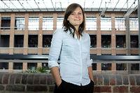 Expertise. Etudiante en derniere annee de Telecom Lille, Alice Comble s'occupe de sa start-up a plein temps.