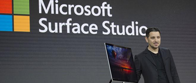 Microsoft a présenté deux nouveaux produits, dont le Surface Studio, un PC de bureau haut de gamme.