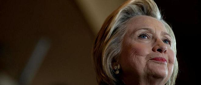 Hillary Clinton a été prévenue à l'avance de certaines questions posées pendant les débats de la primaire démocrate, révèle WikiLeaks.