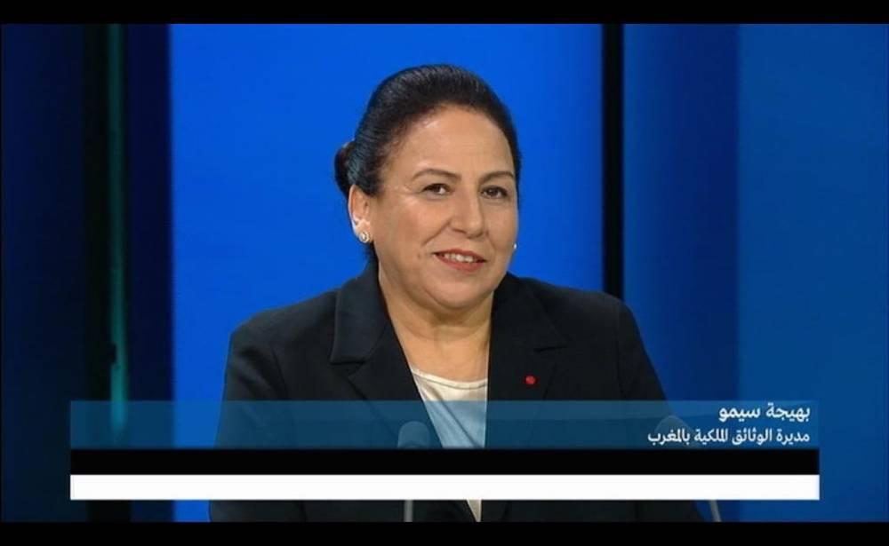 """Bahija Simou, directrice des Archives nationales et commissaire de l'exposition """"Le Maroc à tous les âges"""" sur le plateau de France 24. ©  France 24"""