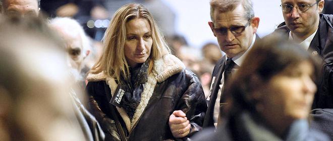 """Ingrid Brinsolaro a porté plainte pour """"homicide involontaire aggravé par la violation manifestement délibérée d'une obligation particulière de prudence ou de sécurité""""."""