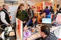 Stand Fab Lab de Toulouse  exposé au LAB de Futurapolis ©Lydie Lecarpentier/REA
