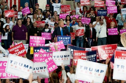 Donald Trump lors d'un rassemblement électoral à Denver, au Colorado, le 5 novembre 2016 © Jason Connolly AFP