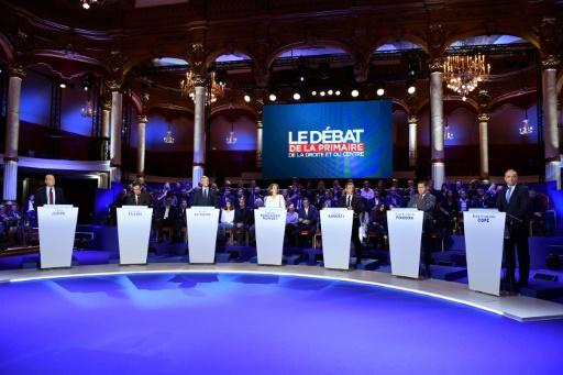 Les candidats à la primaire de la droite lors de leur deuxième débat télévisé, le 3 novembre 2016 © Eric FEFERBERG POOL/AFP/Archives