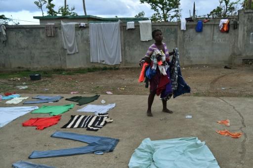 Farah dans la cour d'un lycée à Jeremie dans le sud-ouest d'Haïti, qui abrite les victimes de l'ouragan Matthew, le 5 novembre 2016 © HECTOR RETAMAL AFP/Archives