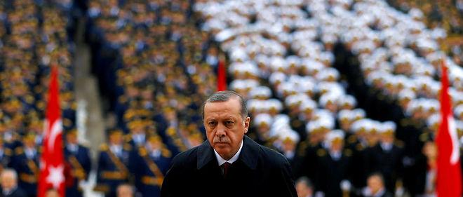 Face à la tentative de coup d'État, la réponse du président turc Recep Tayyip Erdogan a été impitoyable.