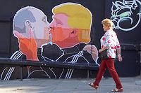 Une fresque murale à Vilnius. Trump a laissé entendre que l'intervention de l'Otan en cas d'attaque d'un pays européen ne serait plus automatique. Une déclaration qui place les pays baltes en première ligne. ©PETRAS MALUKAS