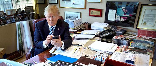 Mêmeprivé de Twitter par son équipe de campagne pour éviter tout dérapage dans la dernière ligne droite, Donald Trump, suivi par 13millions d'abonnés, l'a emporté.