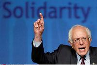 Bernie Sanders appelle Donald Trump à mener une politique en faveur des travailleurs américains. ©Matt Rourke/AP/SIPA