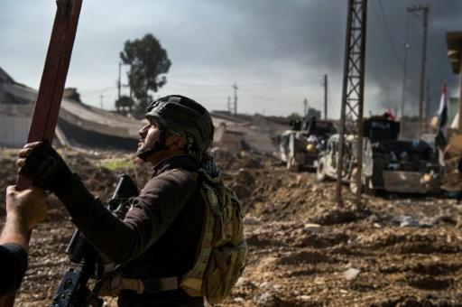 Un soldat irakien des forces d'élite le 11 novembre 2016 à Arbagiah dans la banlieue de Mossoul © Odd ANDERSEN AFP