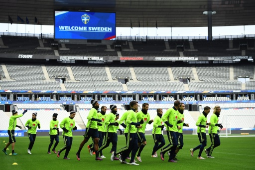 Les joueurs suédois lors d'une séance d'entraînement au Stade de France, le 10 novembre 2016 © FRANCK FIFE AFP