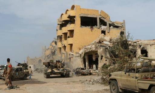 Les forces loyales au gouvernement libyen d'union nationale ont lancé une offensive à Syrte, contre l'EI le  12 mai 2016 © Mahmud Turkia AFP/Archives