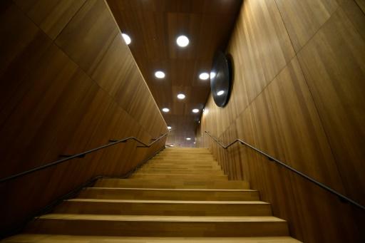 Vue en date du 4 novembre 2016 de l'escalier de la salle de concert dessinée par le célèbre cabinet d'architectes suisse Herzog © John MACDOUGALL AFP/Archives