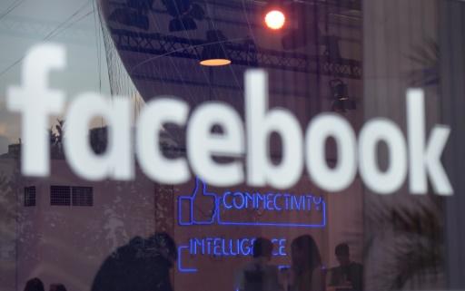 """Photo du logo  """"Facebook"""" prise à  Berlin le 24 février 2016 © TOBIAS SCHWARZ AFP/Archives"""