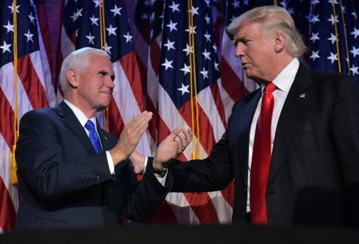 Donald Trump et Mike Pence le 9 novembre 2016  à New York © MANDEL NGAN AFP