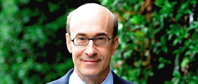 Kenneth Rogoff . Ne en 1953, economiste, professeur a l'universite Harvard. Auteur, en 2016, de << La Malediction du cash >> (Princeton University Press, non traduit).