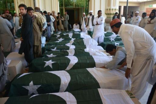 Les cercueils des victimes de l'attaque contre l'académie de police de Quetta, le 25 octobre 2016 au Pakistan © BANARAS KHAN AFP