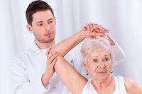 L'arthrose, maladie qui touche les articulations, affecte 65% des plus de 65 ans et 80% des plus de 80 ans. ©Katarzyna Białasiewicz