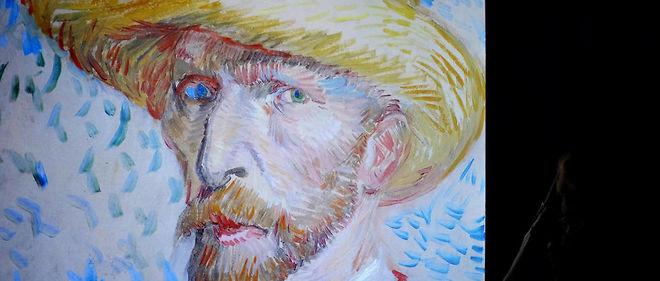 """""""Vincent Van Gogh, le brouillard d'Arles, carnet retrouvé"""" qui paraît simultanément cette semaine en France, en Hollande, en Belgique, en Allemagne, aux États-Unis, au Royaume-Uni et au Japon, a des odeurs de soufre."""