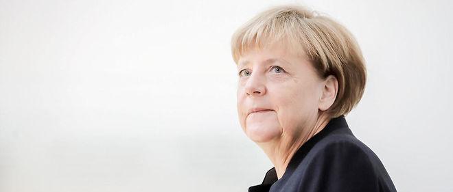 l'Allemagne n'a pas véritablement cherché à se positionner en leader de l'Europe: c'est la faiblesse de ses partenaires, surtout l'effacement de la France, qui a conduit la chancelière à assumer ce rôle auquel rien de la prédisposait.