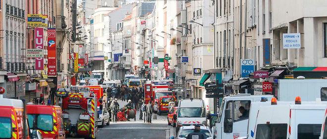 Image de Saint-Denis le soir de l'assaut.