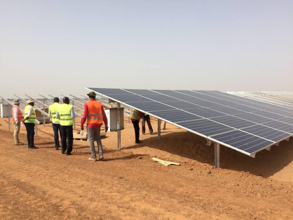 Sur le site du projet de Senergy au Sénégal.  ©  Greenwish