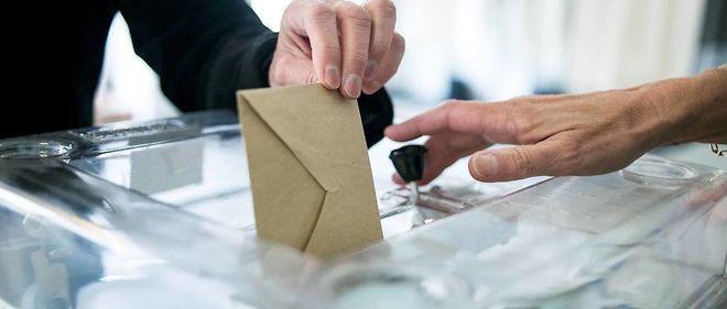 L'agence de publicité La Secte a lancé une campagne originale sur Internet pour inciter les jeunes à voter à l'élection présidentielle.