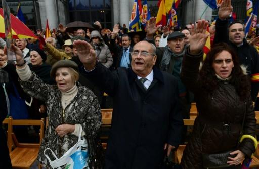 Rassemblement à l'occasion du 41e anniversaire de la mort du dictateur espagnol Francisco Franco, le 20 novembre 2016 à Madrid © PIERRE-PHILIPPE MARCOU AFP