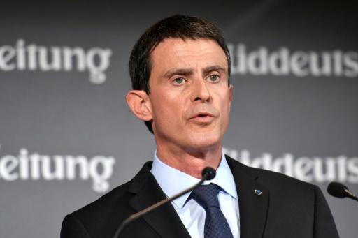 Manuel Valls fait un discours lors d'un forum économique organisé par le Sueddeutsche Zeitung à Berlin le 17 novembre 2016 © John MACDOUGALL AFP