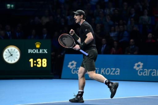 Le Britannique Andy Murray vainqueur du Masters face au Serbe Novak Djokovic, le 20 novembre 2016 à Londres  © Glyn KIRK AFP