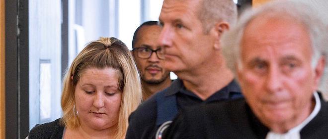 Cécile Bourgeon, la mère de la petite Fiona, au tribunal.