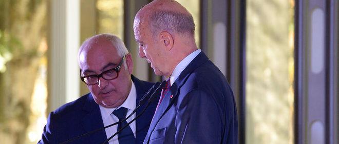 Alain Juppé et son directeur de cabinet à Bordeaux Ludovic Martinez, en 2015.