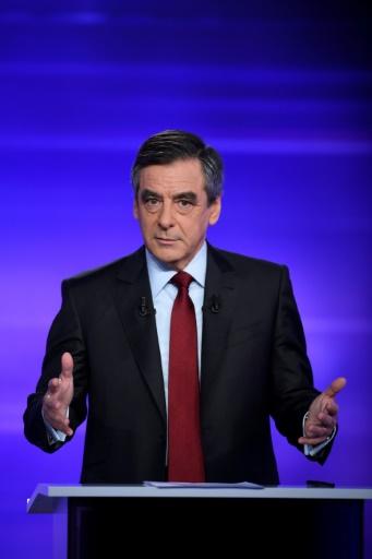 François Fillon lors du débat télévisé de l'entre-deux-tours de la primaire de droite le 24 novembre 2016 à Paris © Eric FEFERBERG POOL/AFP