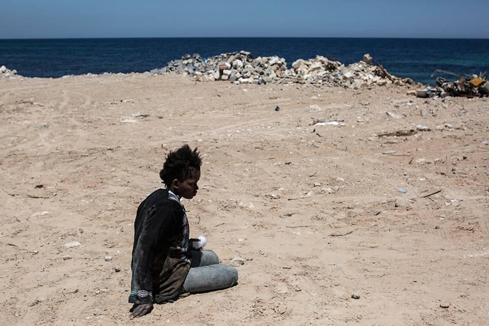 Human trafficking 18: Tajoura, May. ©  Narciso Contreras pour la Fondation Carmignac