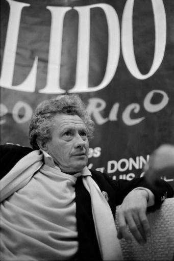 David Hamilton photographié le 22 novembre 1983 au Lido à Paris © Joel ROBINE AFP/Archives